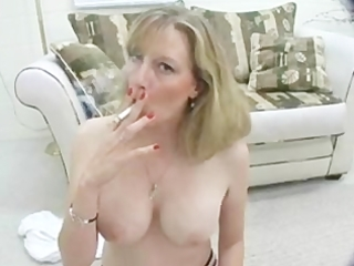 sexy d like to fuck smokes topless for