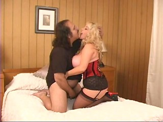 ron jeremy makes love to a mature buxom woman -