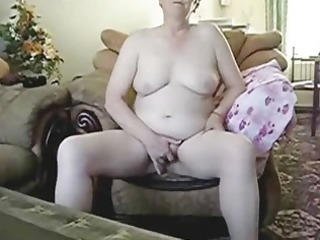 look at me ! i masturbate for you !