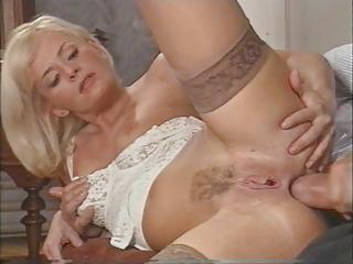 sexy italian d like to fuck enjoys double