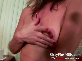 horny mature wife gives perverted solo