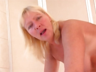 russian mom 03 aged with a juvenile man