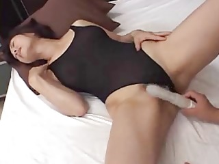 japanese milf seduces youthful dude xlx