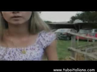 italian lesbian milfs mamme lesbian