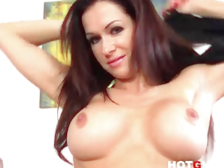 pornstar mother i stacy silver craves to cum with