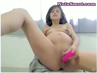 preggy girl masturbates on webcam