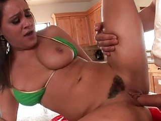 cute brunette mother i does blowjob and has pussy