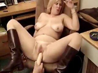 hawt chubby mother i smokin 2