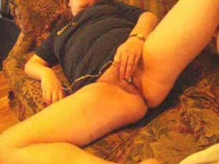wife masturbates to big o on daybed