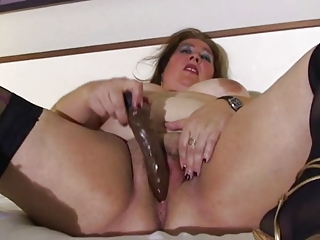bbw mature in couch