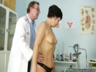 bushy older mommy gets her pussy checked