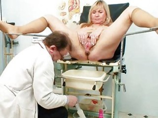 large tits blond mature hirsute fur pie exam