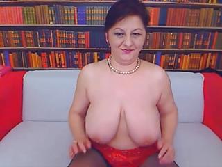 big tit mom on webcam 0