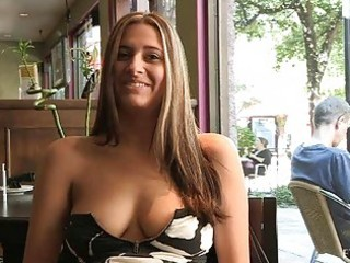 patricia hot milf with sunglasses flashing love