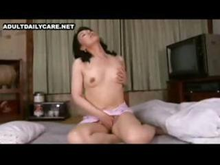 jap d like to fuck and her sons friend