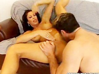 horny d like to fuck gets a mouthful